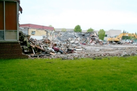 Greenlawn_demolition_roeder_07