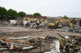 Greenlawn_demolition_roeder_17
