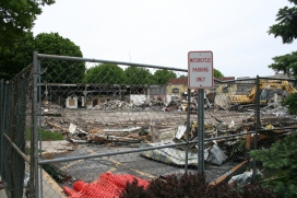 Greenlawn_demolition_roeder_18